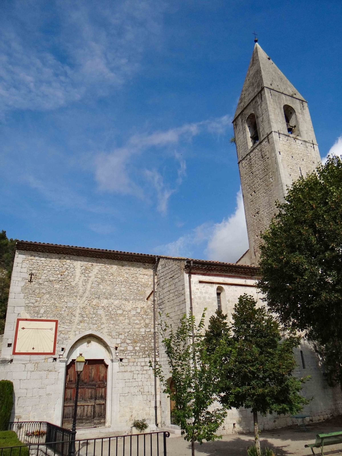The church of Sainte-Marie de l'Assomption © Mossot - licence [CC BY-SA 3.0] from Wikimedia Commons
