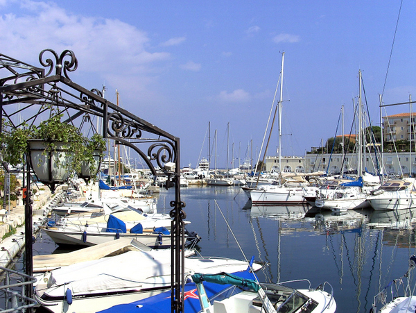 Saint-jean-Cap-Ferrat © Wahrig2003 - licence [CC BY-SA 3.0] from Wikimedia Commons