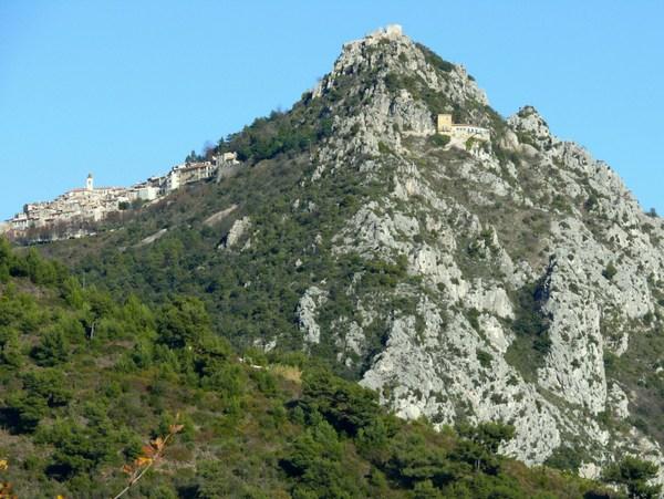 Sainte-Agnès © Mossot - licence [CC BY-SA 3.0] from Wikimedia Commons