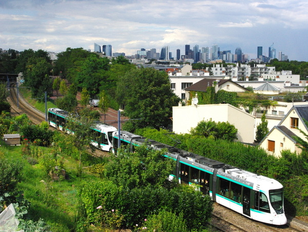 Walk in Saint-Cloud Suresnes 03 © French Moments