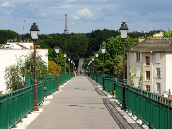 Walk in Saint-Cloud Suresnes 04 © French Moments