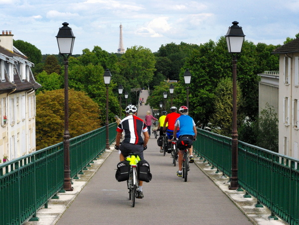 Walk in Saint-Cloud Suresnes 06 © French Moments