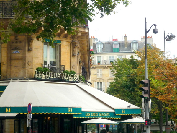 Deux-Magots © French Moments