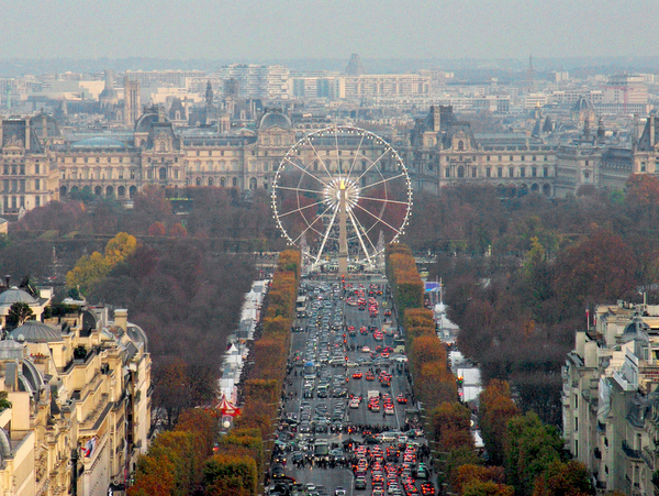 The Ferris Wheel seen from Arc de Triomphe © French Moments