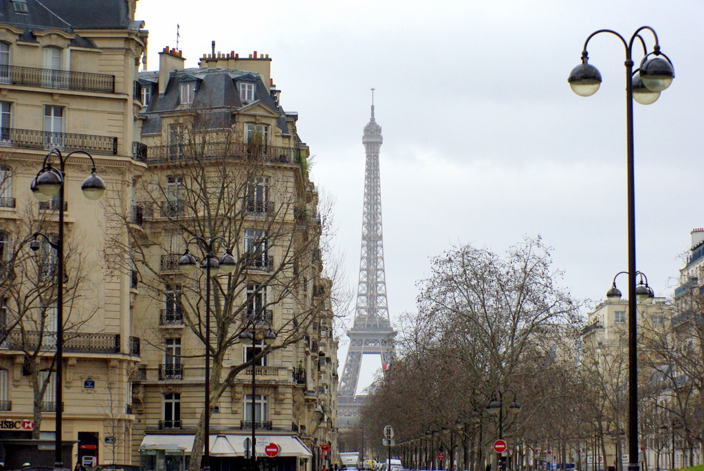 Place de Breteuil 03 © French Moments