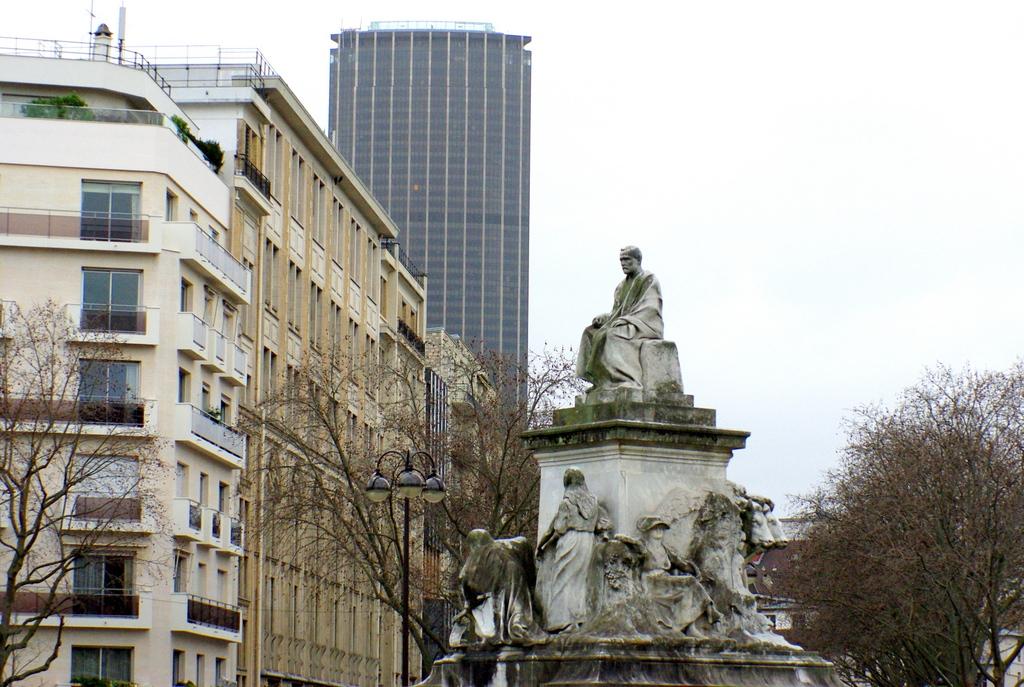 Place de Breteuil 05 © French Moments