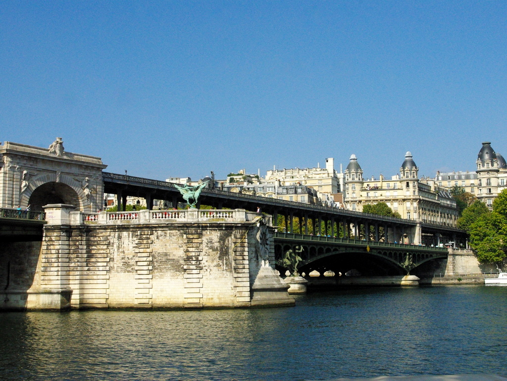 Pont de Bir-Hakeim 02 © French Moments