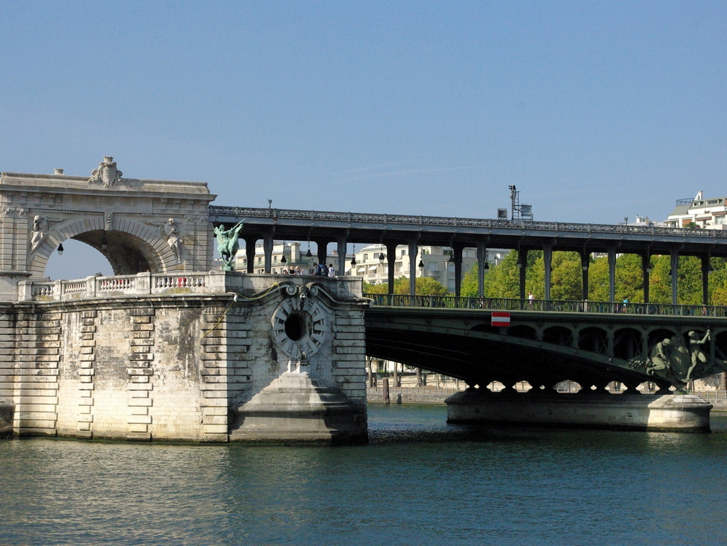 Pont de Bir-Hakeim 03 © French Moments