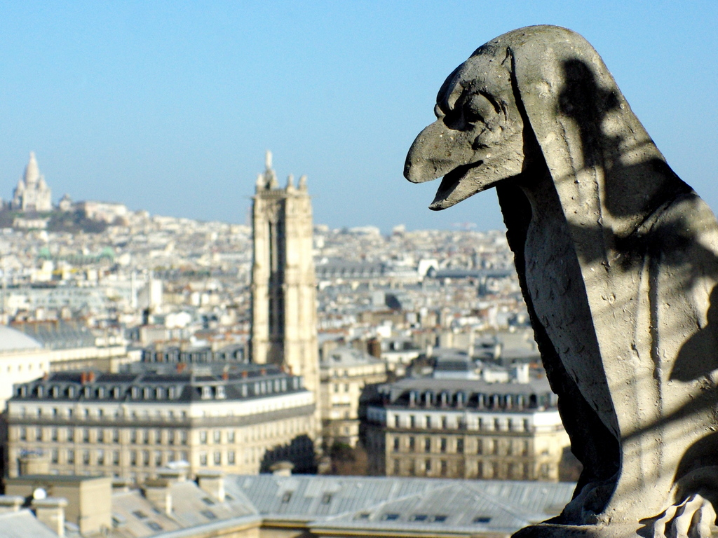 The chimera gallery, Towers of Notre-Dame de Paris © French Moments