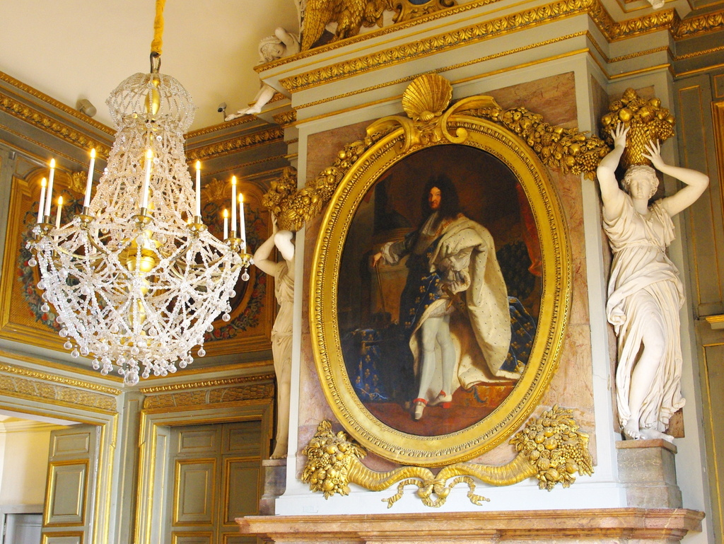 Chateau Maisons Laffitte Interior 33 copyright French Moments
