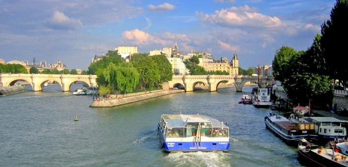 Seine Paris © French Moments