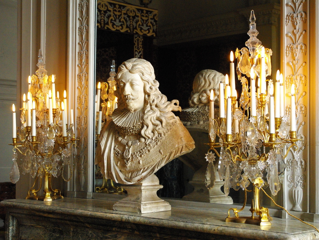 Chateau Maisons Laffitte Interior 35 copyright French Moments