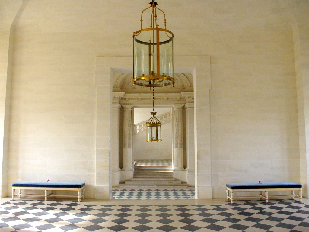 Chateau Maisons Laffitte Interior 7 copyright French Moments