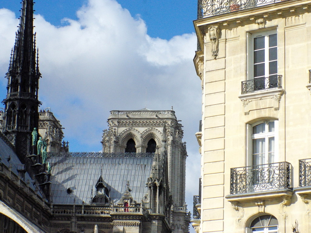The view from Pont Saint-Louis © French Moments