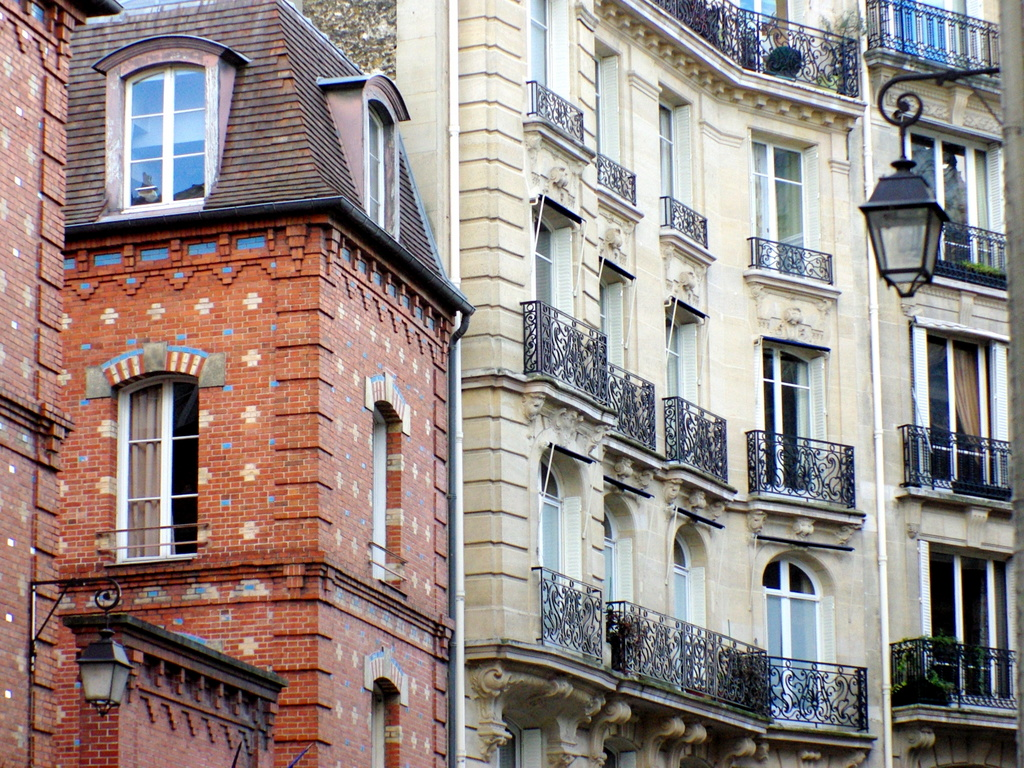 Rue Chanoinesse © French Moments