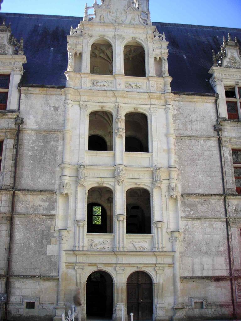 Azay-le-Rideau © LonganimE - licence [CC BY-SA 2.5] from Wikimedia Commons