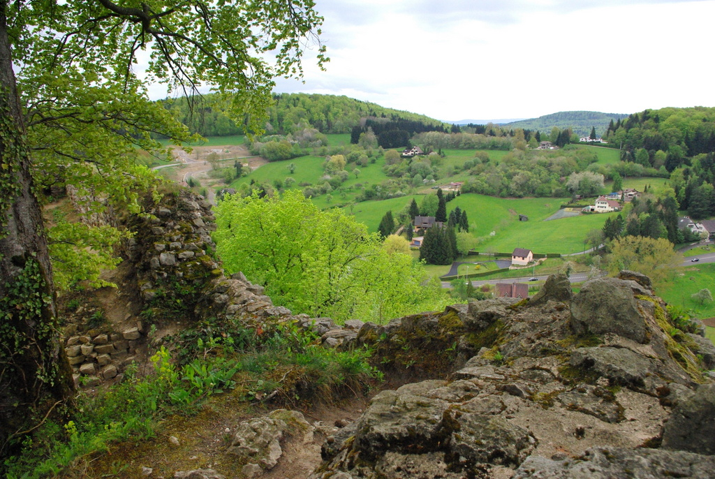 The Alsatian Jura seen from the Ferrette castle © French Moments