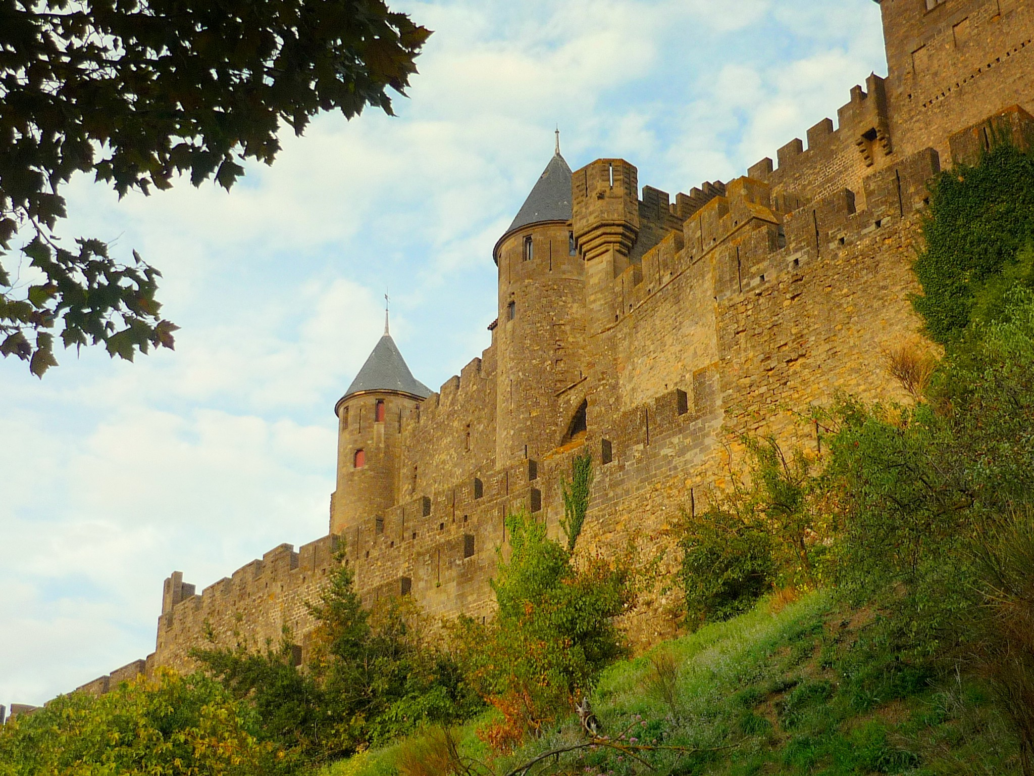 top 10 most famous monuments of france french moments. Black Bedroom Furniture Sets. Home Design Ideas