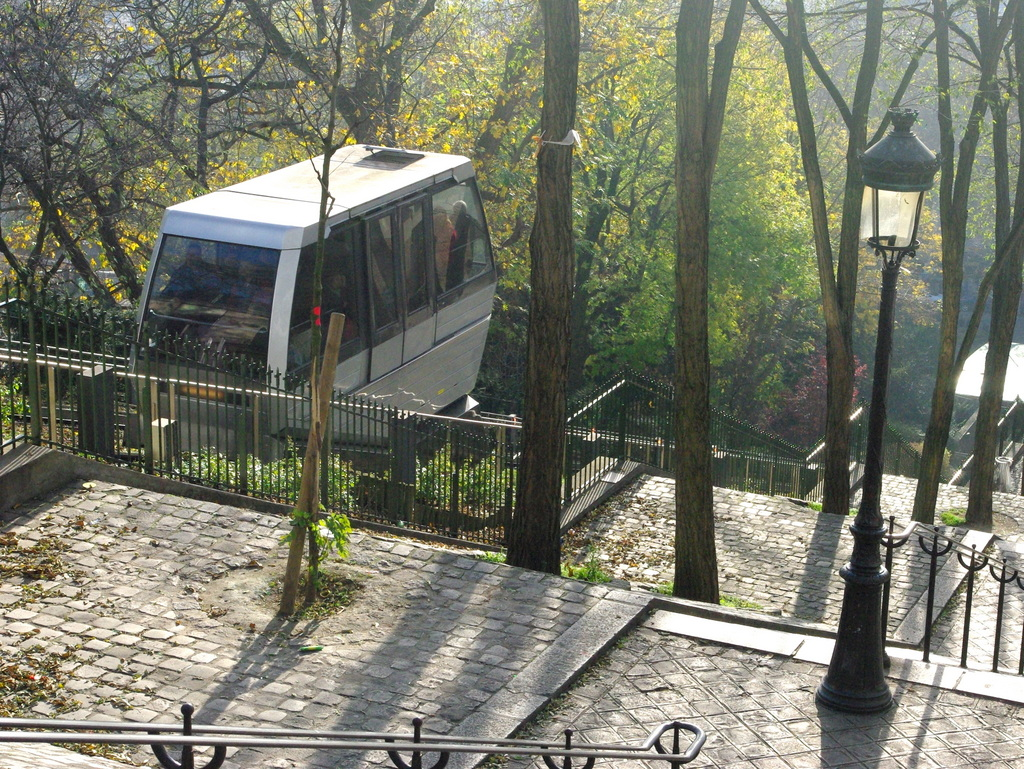 Montmartre Funicular © French Moments