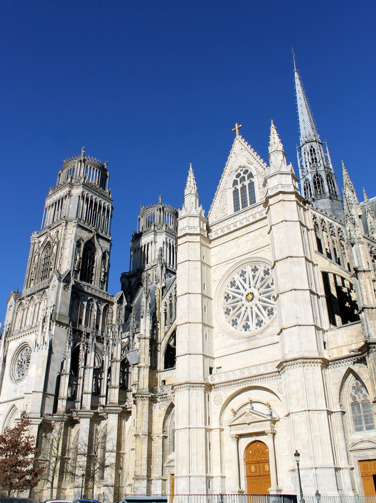 Orleans Cathedral © Vincent4145 - licence [CC BY-SA 3.0] from Wikimedia Commons