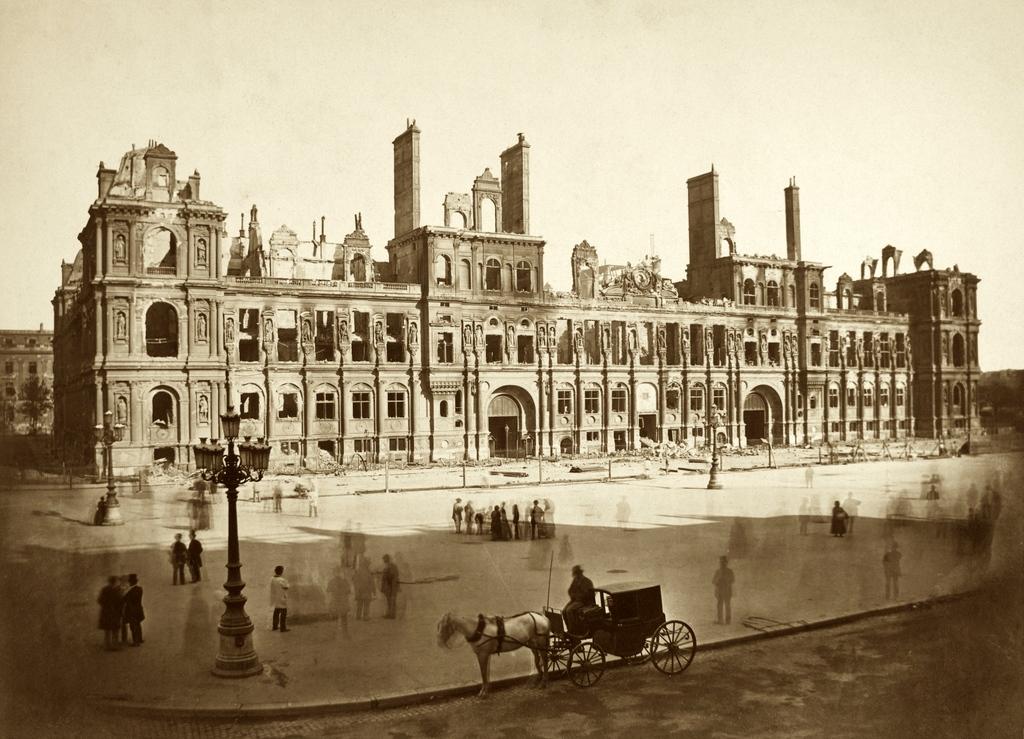 Paris City-Hall burnt down in 1871 LR