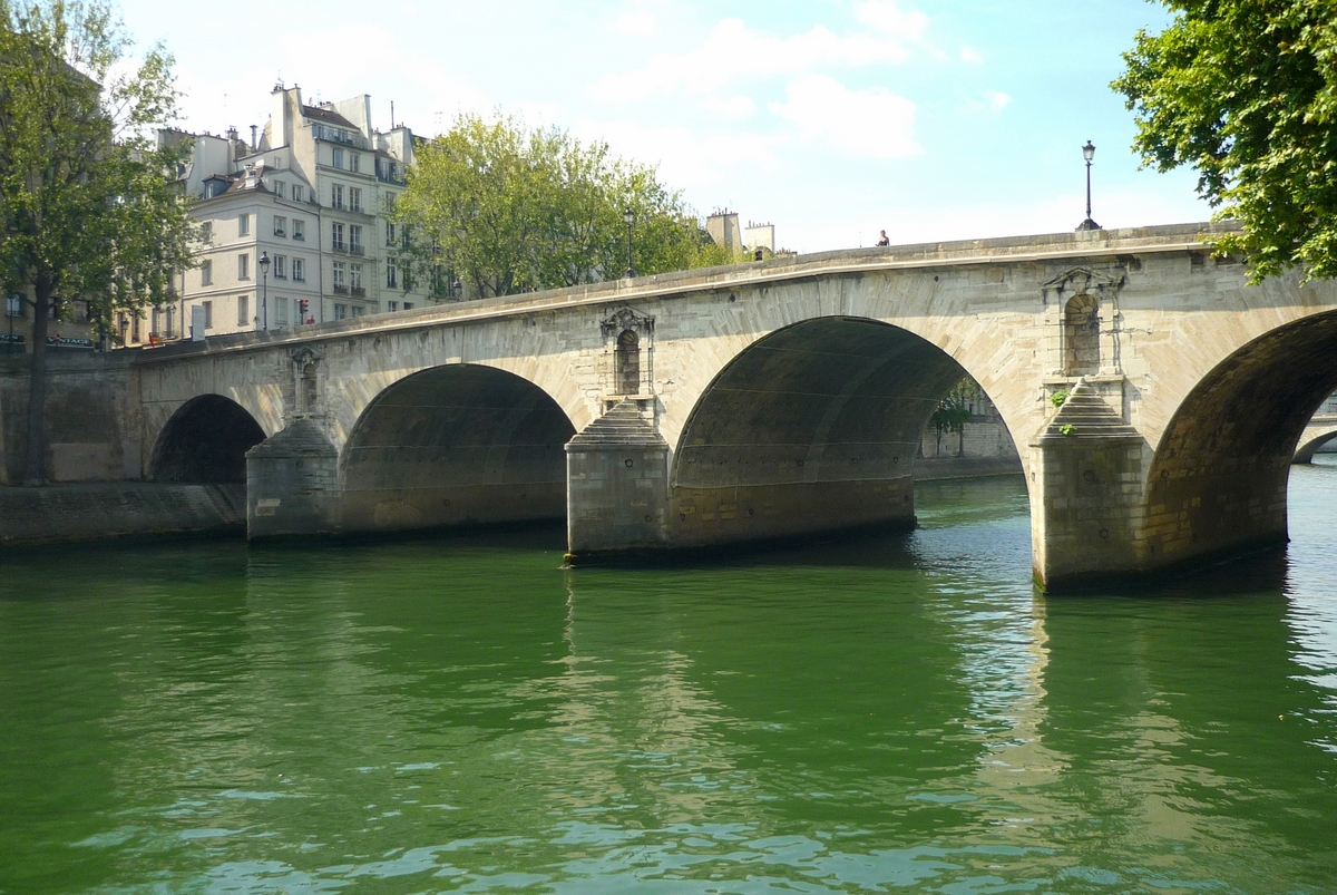 Pont Marie, Paris © French Moments
