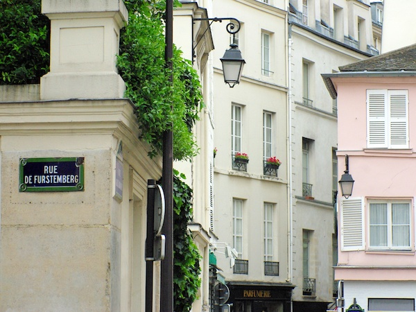 Corner Rue de l'Abbaye and Rue de Furstemberg, Saint-Germain-des-Prés copyright French Moments
