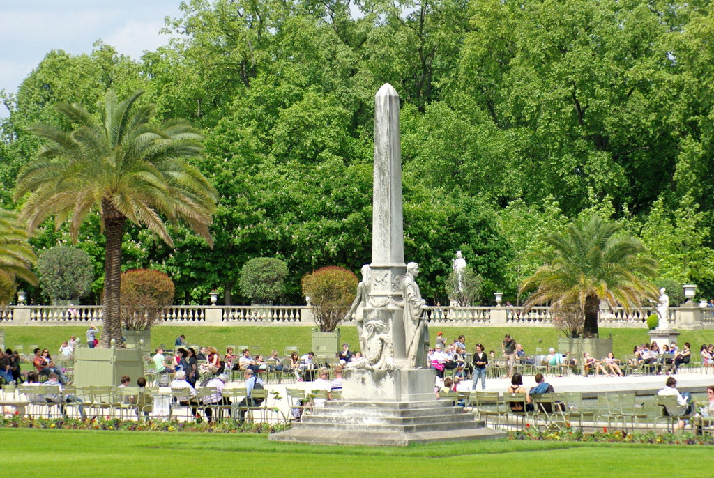 Jardin du Luxembourg in Spring © French Moments