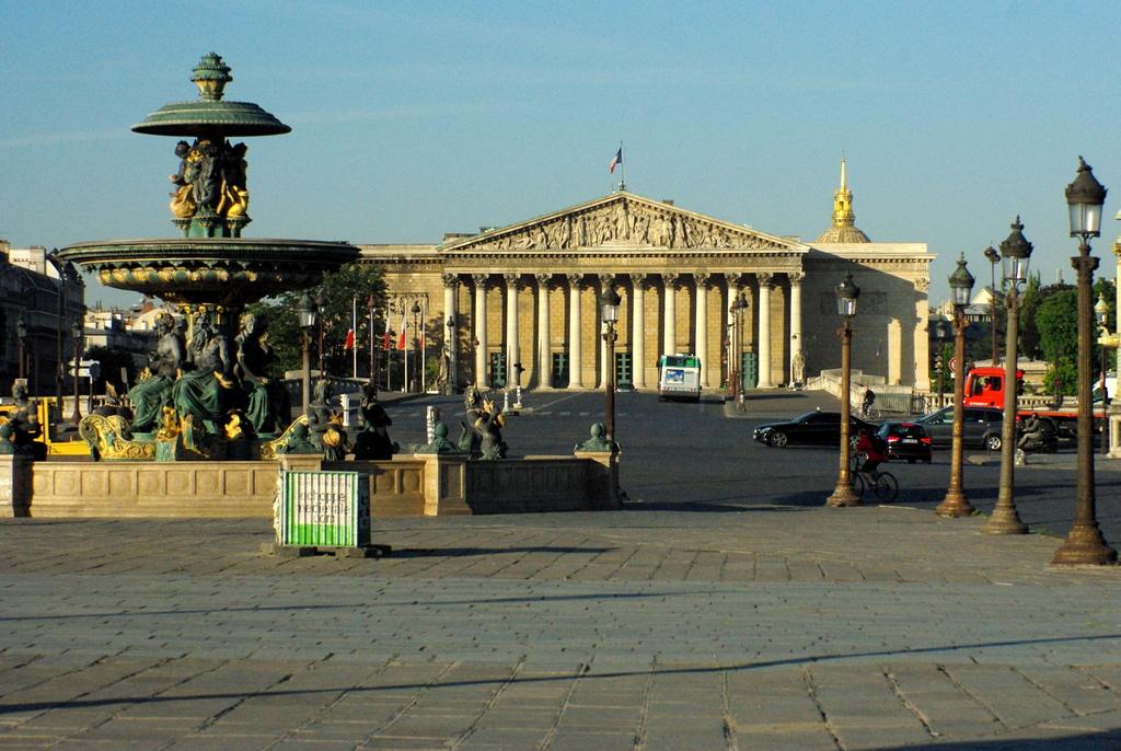 Palais Bourbon, Paris © French Moments