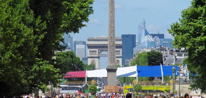 Axe Historique drapeau français © French Moments