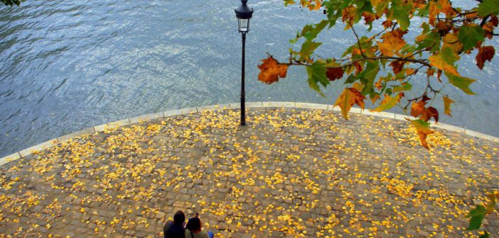 Autumn in Paris © French Moments