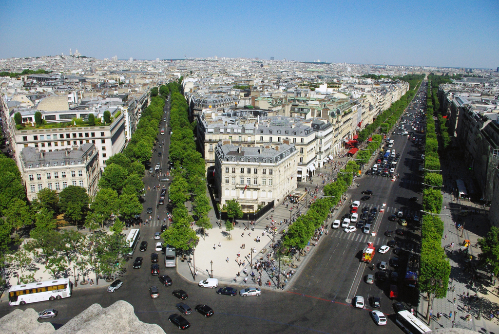 View from the Arc de Triomphe © French Moments