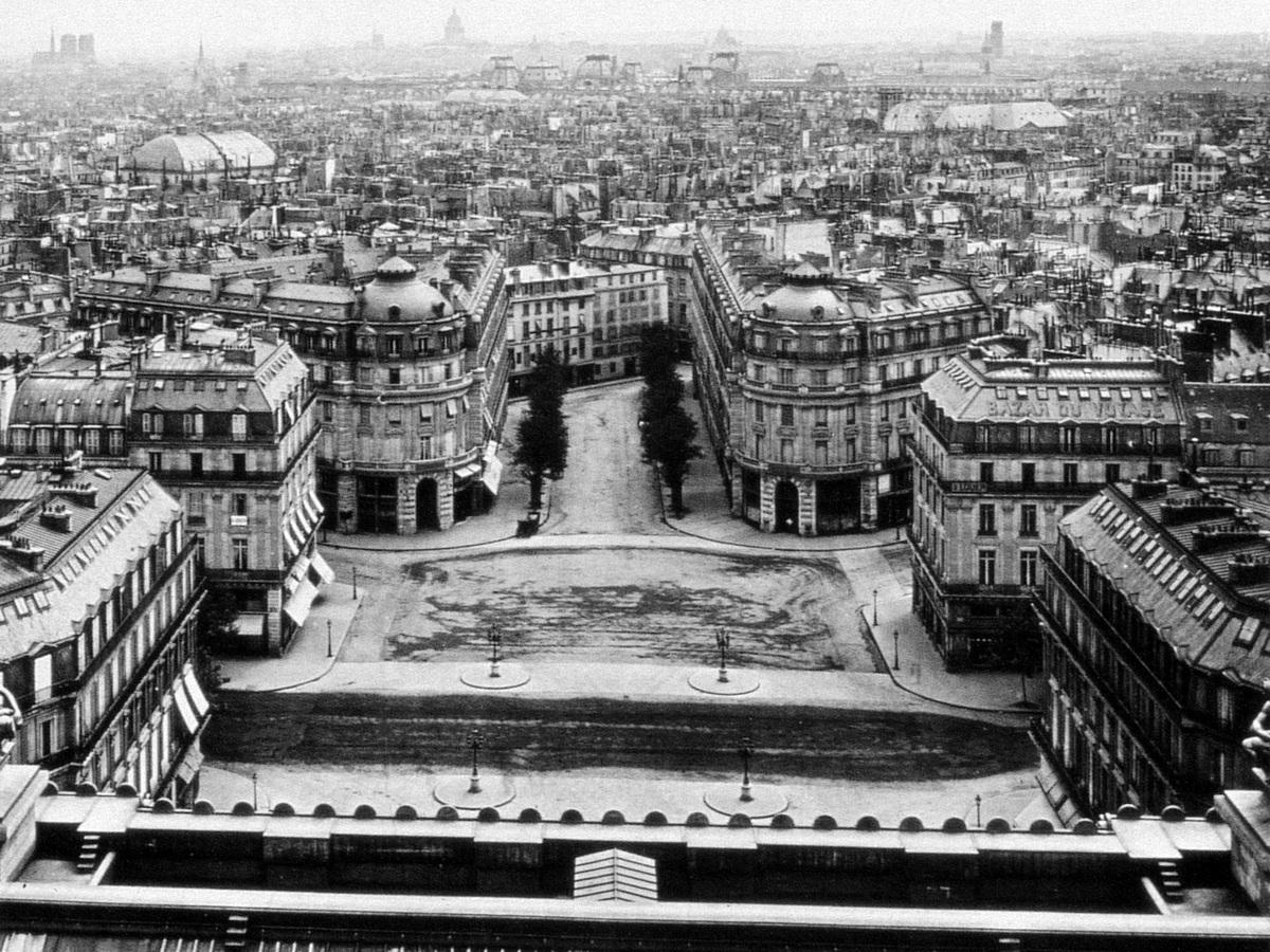 Place de l'Opéra circa 1870 before the construction of the avenue de l'Opéra