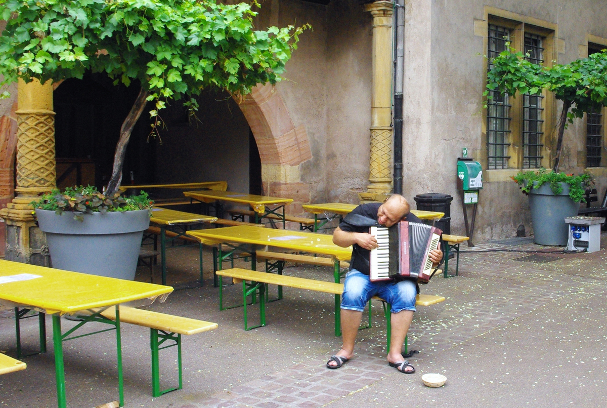 World Music Day - Accordionist in Colmar, Alsace © French Moments