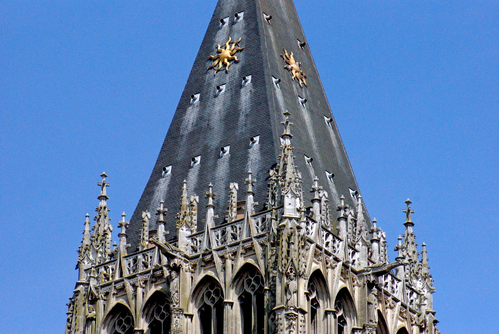 Roof of Tour Saint-Romain in Rouen Cathedral copyright French Moments
