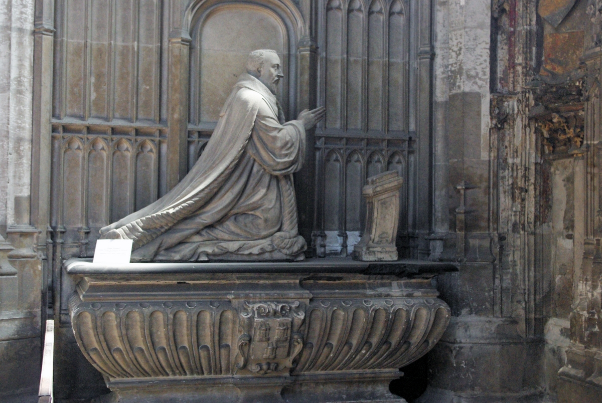 Tomb of Claude Groulard in Rouen Cathedral © French Moments