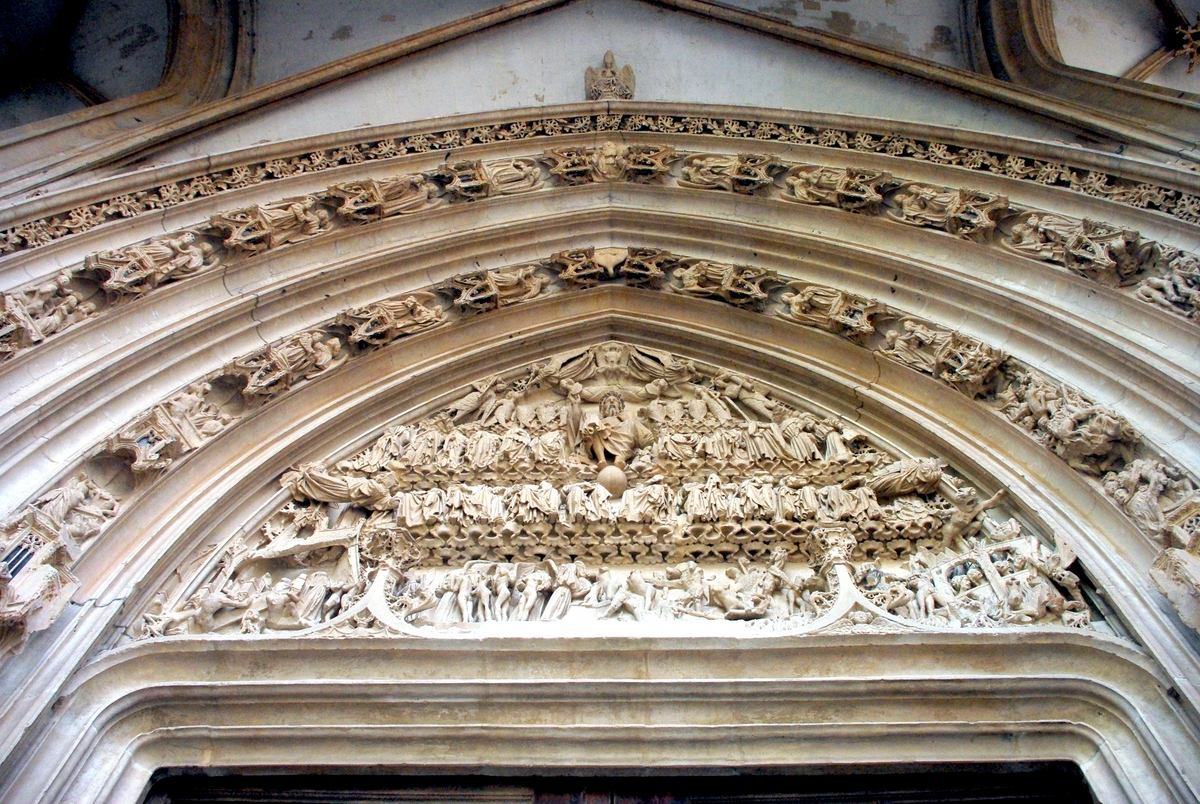 Tympanum of Central Portal copyright French Moments