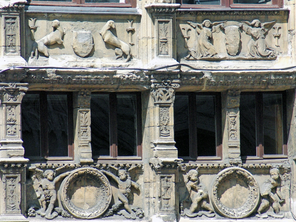 Detail of the House of the Exchequer in Rouen © French Moments