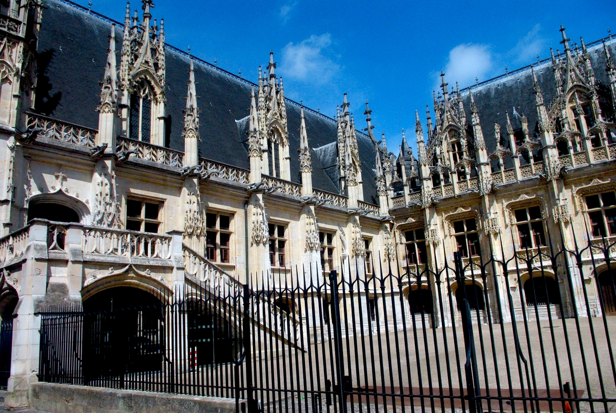 Parliament of Normandy © French Moments