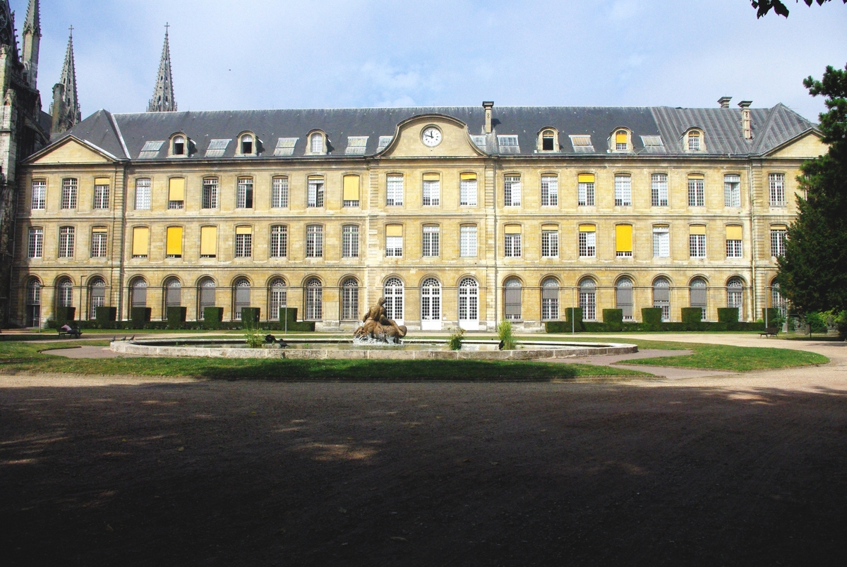Rouen City Hall from the gardens copyright French Moments
