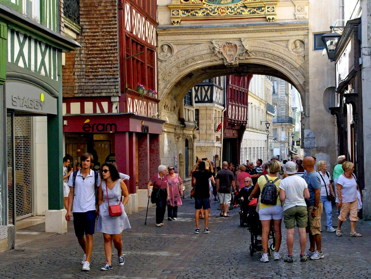 The archway Rouen © French Moments