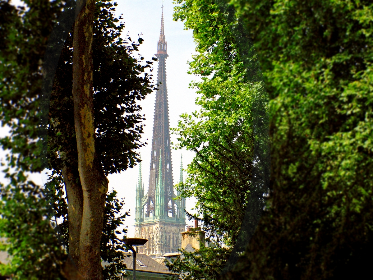 Spire of Rouen Cathedral from the gardens of the City-Hall, Rouen © French Moments