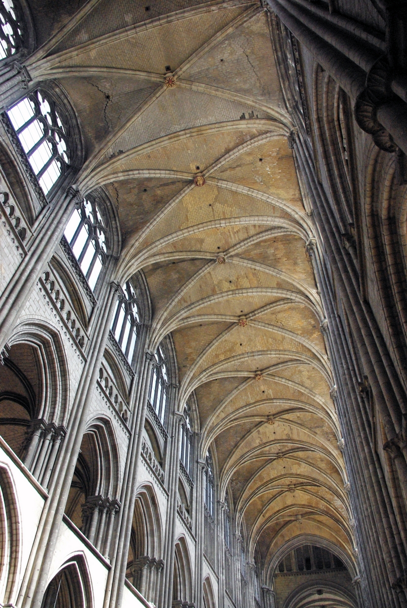 Vaults of the nave © French Moments