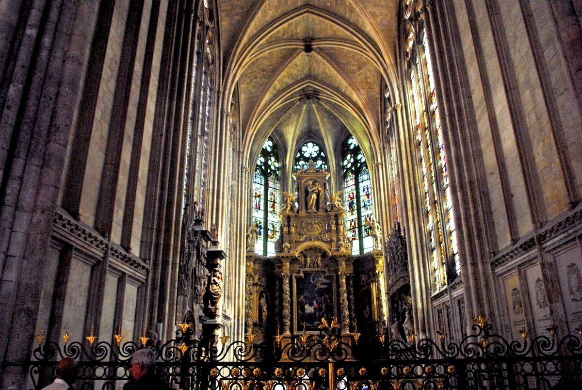 Lady Chapel in Rouen Cathedral © French Moments