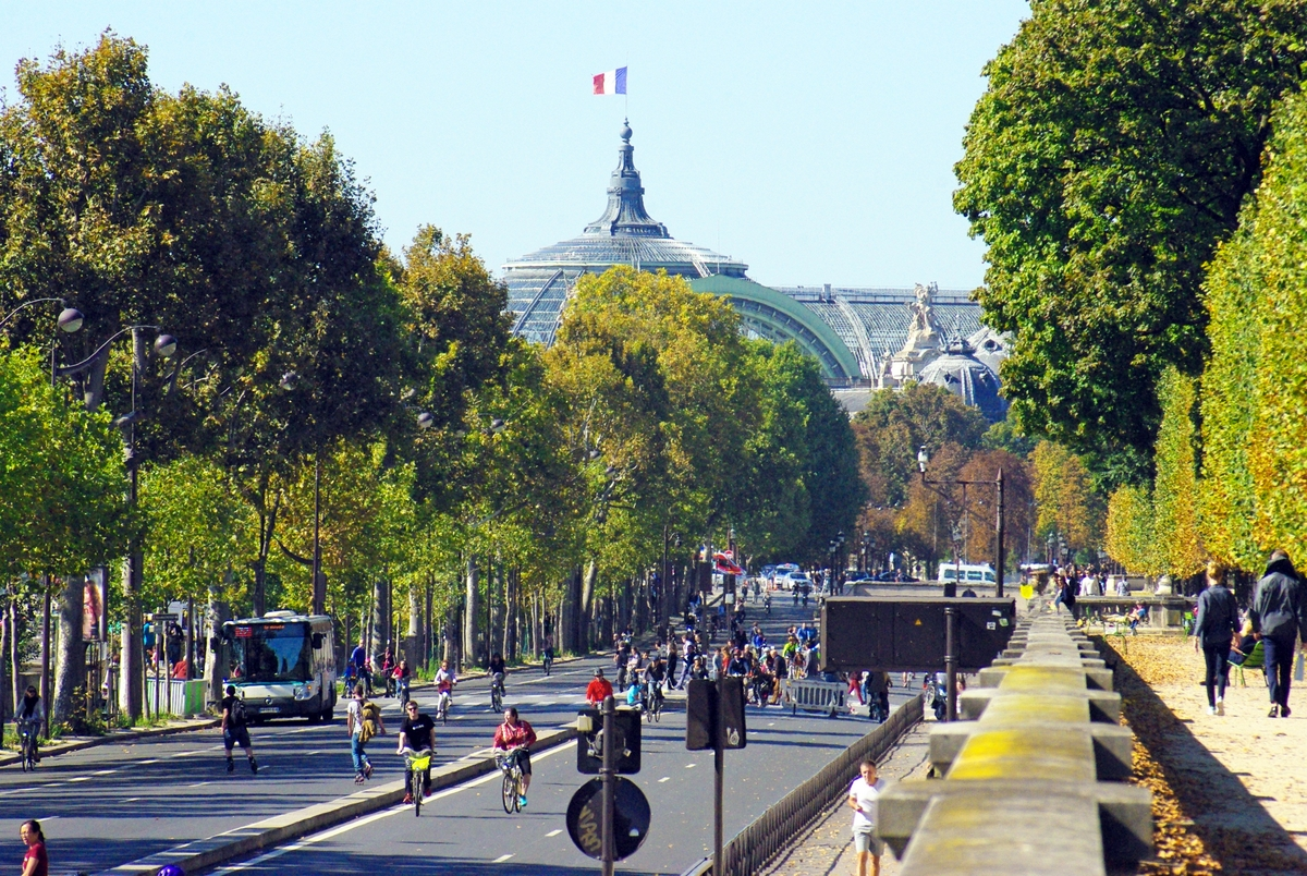 paris sans voiture september 2015 quai des tuileries french moments french moments. Black Bedroom Furniture Sets. Home Design Ideas
