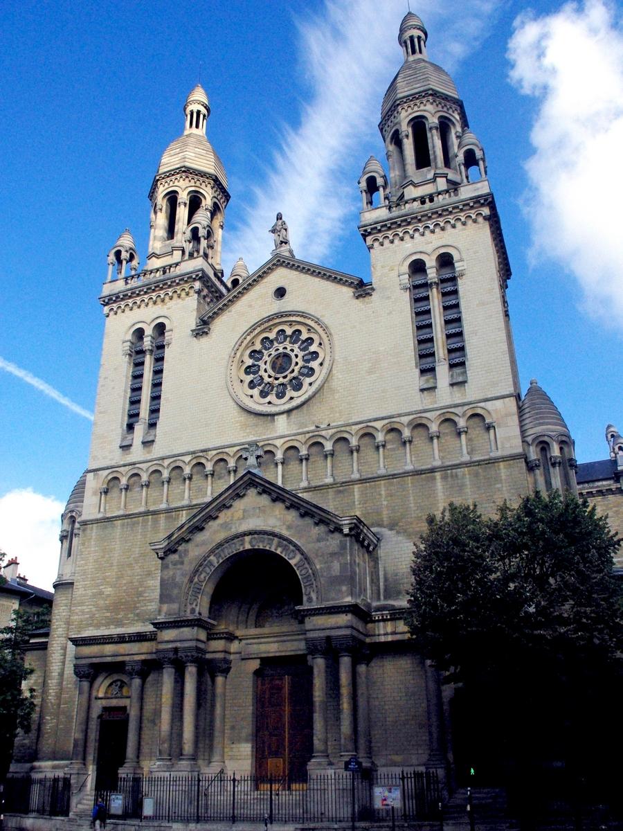 Sainte-Anne de la Butte aux Cailles © French Moments