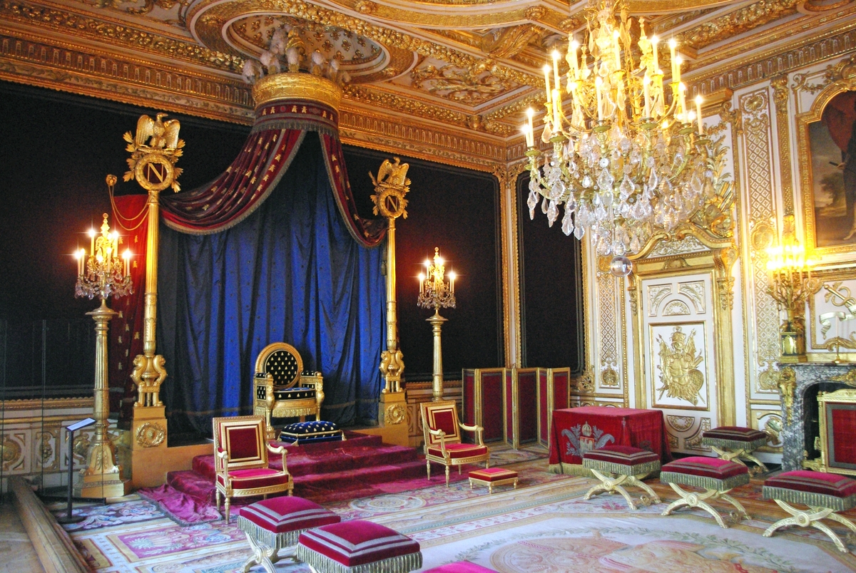 Fontainebleau Castle Interior 01 © French Moments