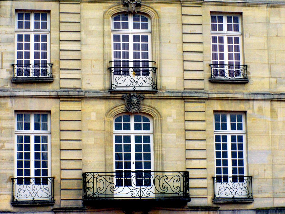 Hôtel Lauzun Montpensier, old town of Saint-Germain © French Moments