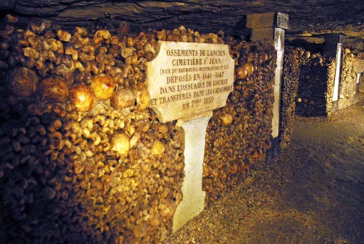 All Saints' Day in France - Catacombs of Paris © French Moments