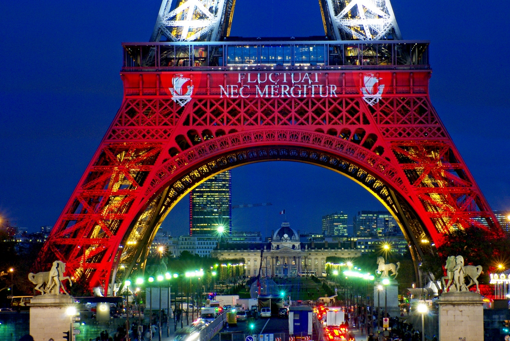The Eiffel Tower in Blue White Red © French Moments